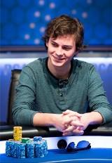 Jak zarobić miliony w kilka dni? Trzeba być pokerzystą albo... Lewandowskim