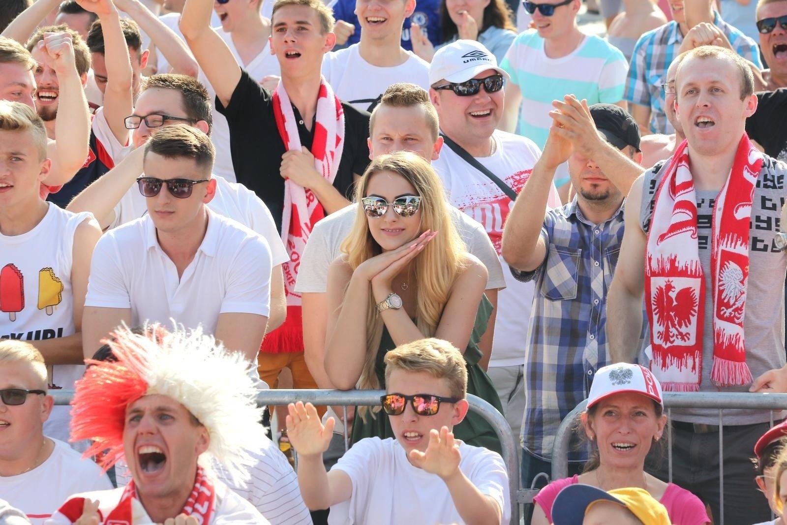 7af6fb310 Strefa kibica w Szczecinie podczas Mistrzostw Świata w piłce nożnej.  Wspólne emocje przy wielkim ekranie! | Głos Szczeciński