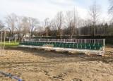 Gmina Przysucha. Rozbudują obiekty sportowe nad zalewem w Toporni. Co się zmieni?