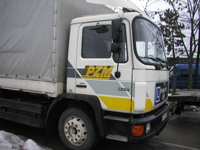 Można tu zrobić także prawo jazdy na samochody ciężarowe