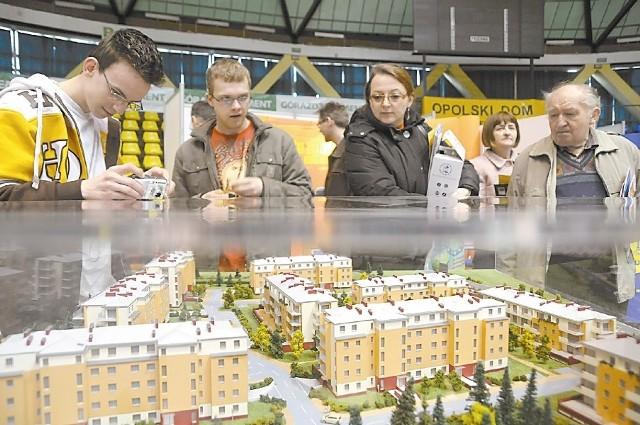 - Sprzedajemy ostatnio o połowę mniej cegły niż wiosną ubiegłego roku - przyznaje Janusz Jakubowski. (fot. sxc)