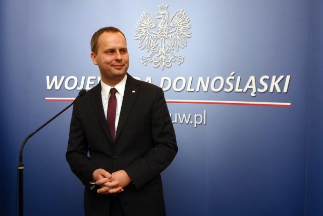 Wojewoda dolnośląski Paweł Hreniak złożył dymisję po tym jak został wybrany posła.