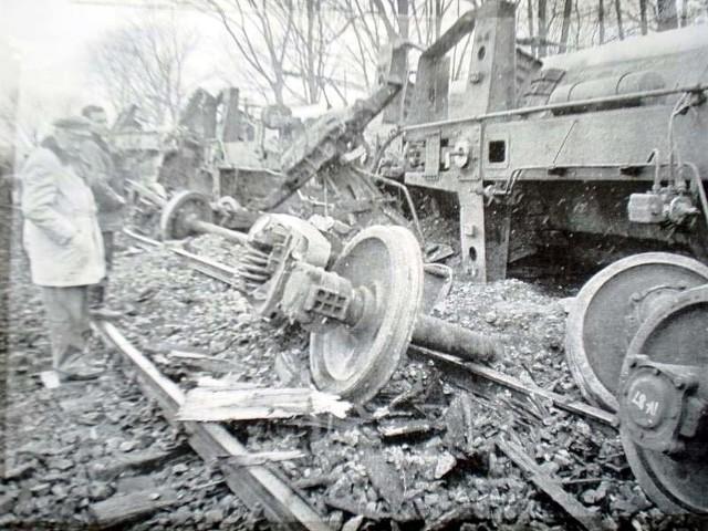 9 marca 1989 r. doszło do najniebezpieczniejszego wypadku w historii Białegostoku. W pobliżu centrum miasta, na skraju osiedla im. Sienkiewicza wykoleiły się cztery 50-tonowe cysterny z ciekłym chlorem. Jechały one z ZSRR do Niemieckiej Republiki Demokratycznej. Trzy cysterny przewróciły się. Specjaliści podkreślali, że gdyby doszło wtedy do wycieku trującej substancji i skażenia środowiska, zagrożone byłoby życie wielu tysięcy osób. Do dziś mieszkańcy uważają, że uniknięcie tragedii to cud.