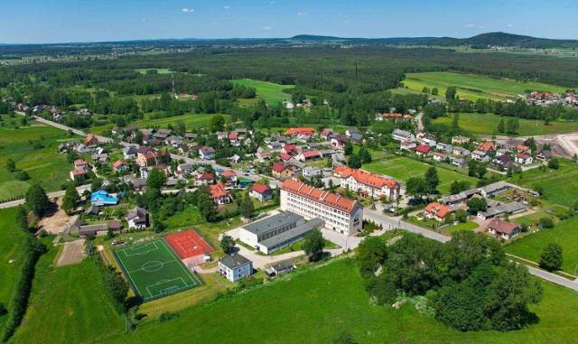 Gmina Strawczyn to miejsce idealne dla każdego, kto ceni sobie aktywny wypoczynek i chce odwiedzić piękne zabytki.