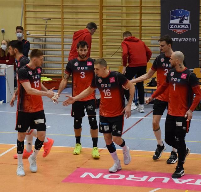 Mickiewicz Kluczbork jest coraz bliżej awansu do fazy play off.