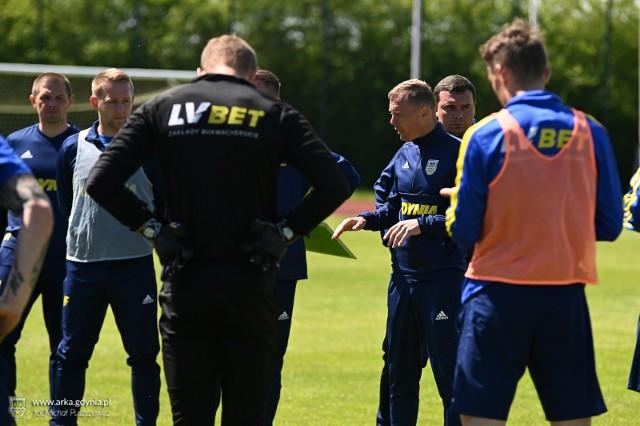 Ireneusz Mamrot będzie 9. trenerem Arki Gdynia, który poprowadzi ją w ekstraklasie w meczu przeciwko Lechii Gdańsk