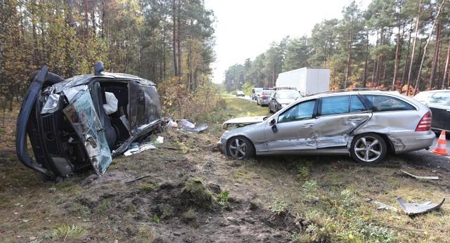 Sprawca wypadku uciekł, nie sprawdzając, czy ktoś nie potrzebuje pomocy