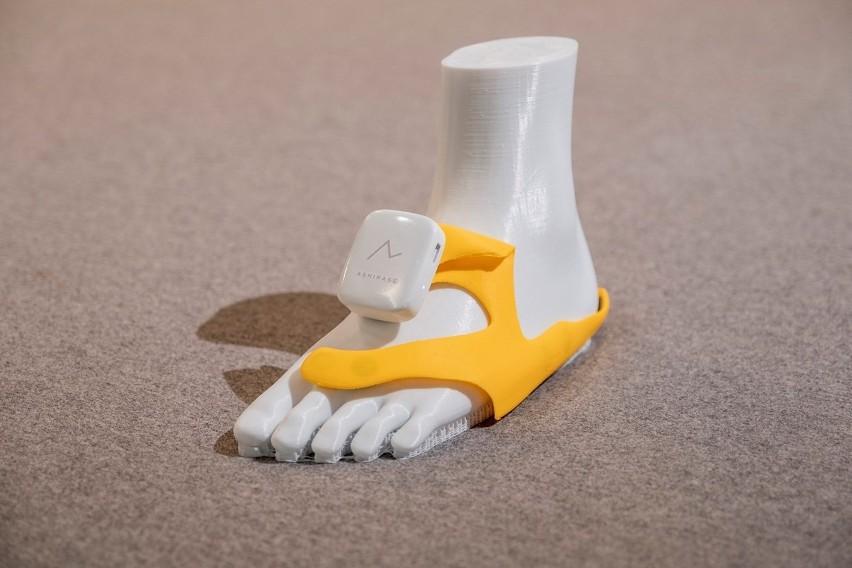 Montowany w butach system nawigacji «Ashirase» pomoże osobom niedowidzącym. Wszystko dzięki Hondzie.
