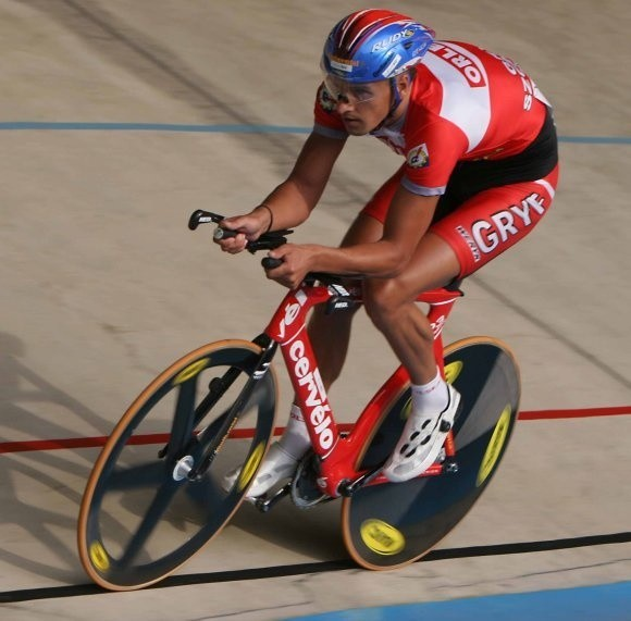 Rafał Ratajczyk (Gryf Szczecin), dwukrotny medalista mistrzostw świata w kolarstwie torowym, ma szanse na bycie gwiazdą welodromu w Pruszkowie.