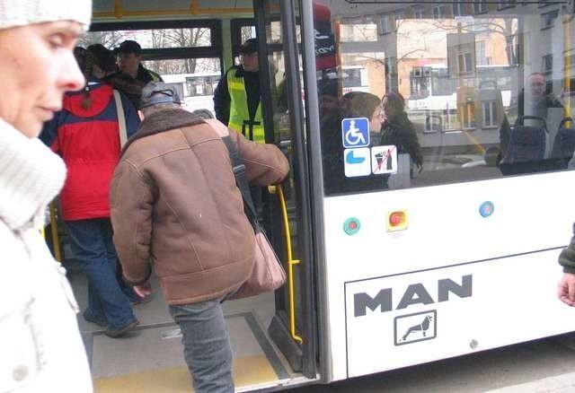 ciasne autobusy miejskieciasne autobusy miejskie MAN - do tesktu o skargach na MZK