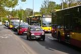 Ciężki poranek dla kierowców na zachodzie miasta. Ruszyła przebudowa dużego skrzyżowania Milenijnej i Popowickiej