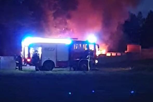 Pożar aut w Łosinie