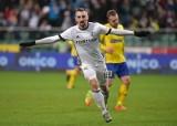 Legia przed wyjazdem do Gdyni. Kto zastąpi kontuzjowanego Sebastiana Szymańskiego?
