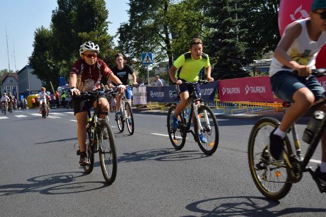 Zawiercie jest współorganizatorem czwartego etapu Tour de Pologne. Miasteczko startowe wyrosło przy Miejskim Ośrodku Kultury. Wydarzenie rozpoczął wyścig dla dzieci i młodzieży