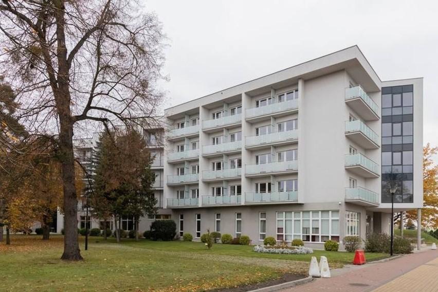 Szpital tymczasowy w Ciechocinku utworzono w wojskowym...