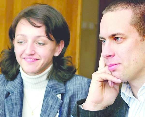 Inwalidztwo nie jest dla Wojciech Grodzkiego przeszkodą. Ma mnustwo planów jak rozwinąć firmę. Z lewej Katarzyna Błaś z Polskiej Organizacji Pracodawców Osób Niepełnosprawnych.