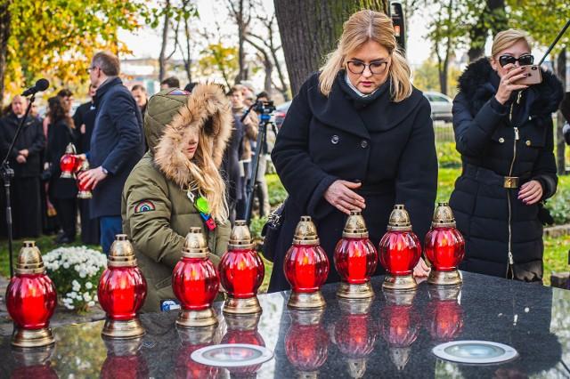 Ekumeniczna modlitwa za dawnych gdańszczan oraz wspomnienie prezydenta Pawła Adamowicza na Cmentarzu Nieistniejących Cmentarzy 1.11.2019