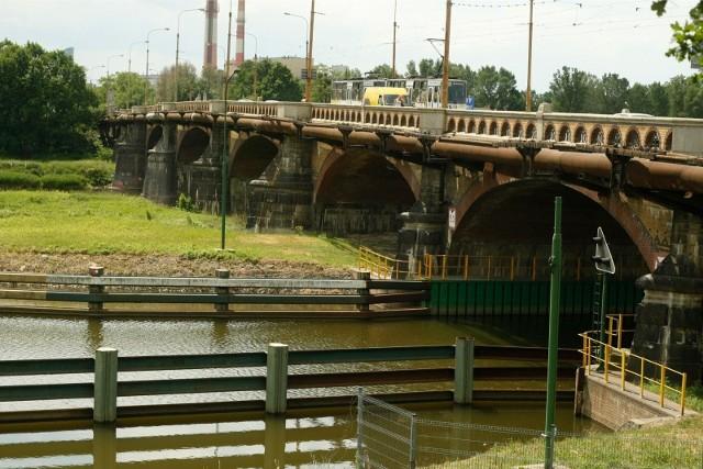 Mosty Osobowickie we Wrocławiu.