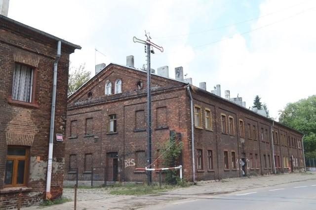 Kolejnymi budynkami Księżego Młyna do remontu są domy przy ul. Przędzalnianej 49 i 51.