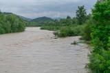 Nowy Sącz. Rzeka Kamienica i potok  Łubinka w normie, tylko w Dunajcu przybywa wody [ZDJĘCIA]