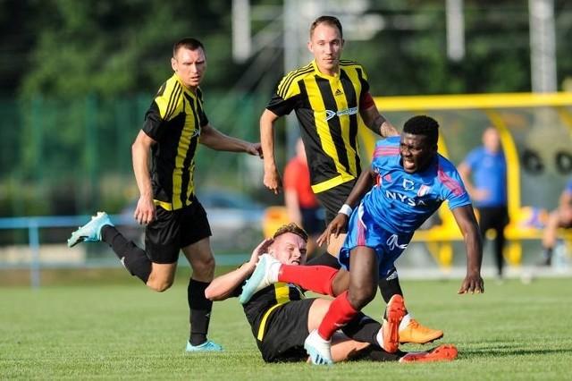 MKS Gogolin i Polonia Nysa do końca zaciekle walczyło o wygraną w 4 lidze.