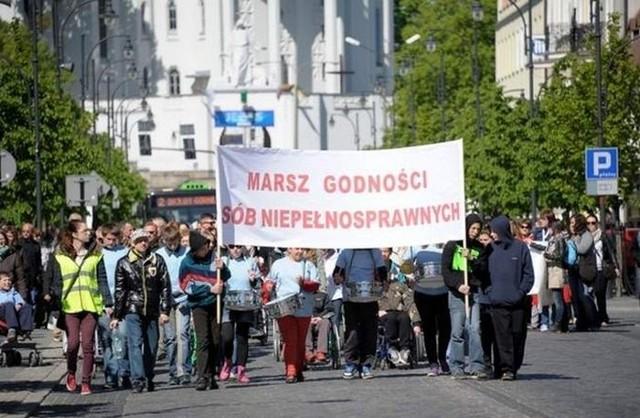 Po marszu, na placu przed Ratuszem rozpocznie się festyn integracyjny, który potrwa do godz. 13