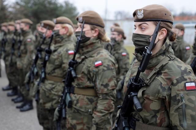 40 żołnierzy złożyło w niedzielę przysięgę wojskową w 14 Zachodniopomorskiej Brygadzie Obrony Terytorialnej.