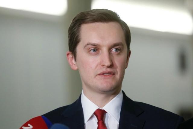 """Ministerstwo Sprawiedliwości reaguje na opinię rzecznika generalnego TSUE. """"Kolejna próba ingerencji w polską tożsamość i suwerenność"""""""