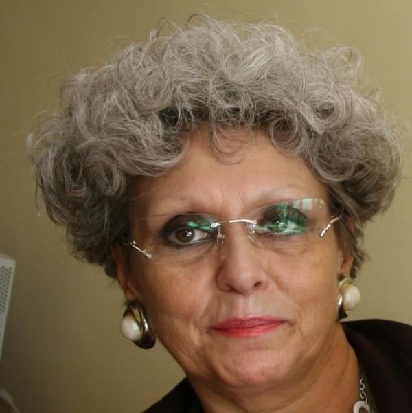 """Halina Żyła: - Jako dyrektor szkoły kontaktowałam się z """"opiekunami"""" SB. To wszystko."""
