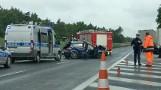 Wypadek w Borówcu na drodze S11. Samochód osobowy zderzył się z tirem. Jedna osoba zabrana do szpitala. Na miejscu były ogromne korki