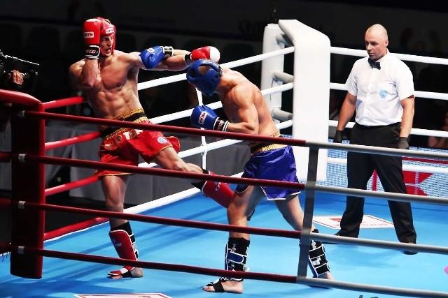 Zmagania kick-bokserów w hali Orbita cieszyły się dużym zainteresowaniem kibiców. Turniej oglądał komplet publiczności.