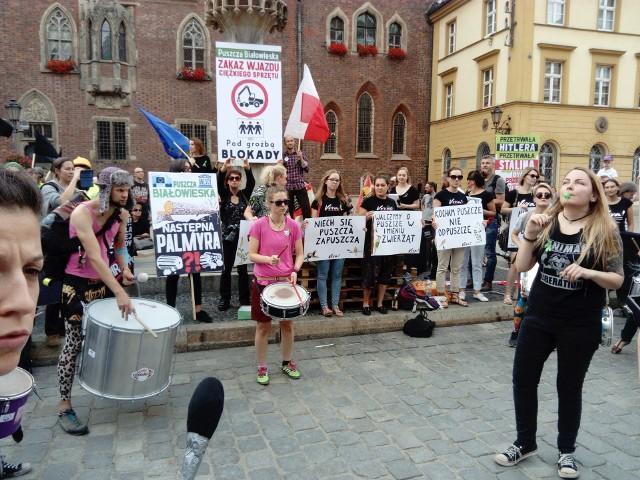 Manifestacja ekologów na wrocławskim Rynku