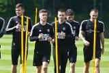 Piłkarze Śląska Wrocław wrócili do grupowych treningów (Zdjęcia)