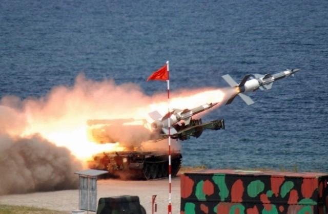 Najbardziej widowiskowym elementem ćwiczenia w Wicku Morskim były strzelania bojowe z zestawów przeciwlotniczych Newa S.C. Mimo upływu lat (Newy weszły na uzbrojenie dywizjonów rakietowych rozmieszczonych wzdłuż Bałtyku już w latach 70.) to wciąż doskonała i groźna broń, nawet dla najnowocześniejszych samolotów nieprzyjaciela.