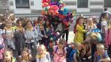 Uczniowie świętowali 125. urodziny Juliana Tuwima na Piotrkowskiej