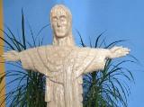 Nietypowy pomnik Chrystusa powstał w Pawłosiowie koło Jarosławia. Został wykonany z 80 tys. zapałek [ZDJĘCIA]