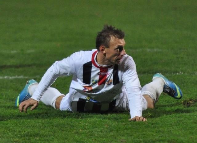 - Nie mam wątpliwości, że dla nas będzie to bardzo trudny mecz - mówi kapitan Odry Maciej Michniewicz.