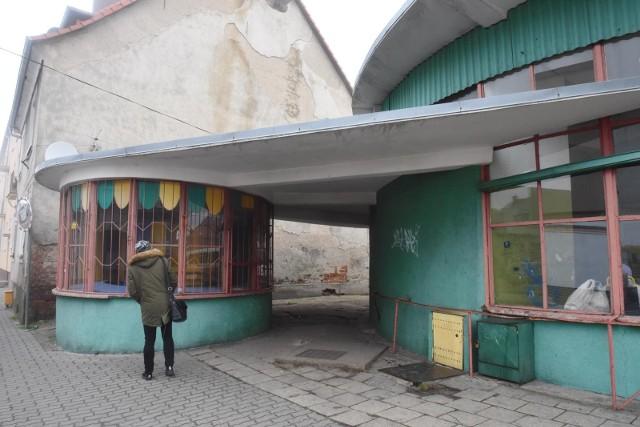 Dziś niemal nikomu budynek dworca nie kojarzy się z architektoniczną perełką