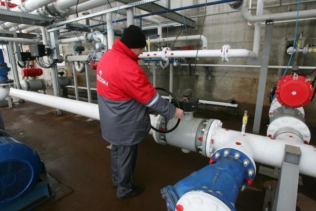 Terminal morski LPG w SzczecinieSpólka Orlen Gaz wybudowala, kosztem ponad 50 milionów zlotych, drugi co do wielkości w kraju terminal morski LPG. W trzech zbiornikach mozna magazynowac 4500 m3 gazu.