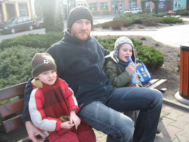 - Zieleń w mieście jest zadbana i ładna - ocenił Jacek Przybylski, którego spotkaliśmy z synami Antosiem i Jasiem.