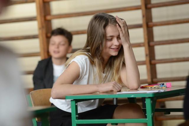 Sprawdzian 2015 odbędzie si 1 kwietnia. O godzinie 9 szóstoklasiści napiszą test z języka polskiego i matematyki