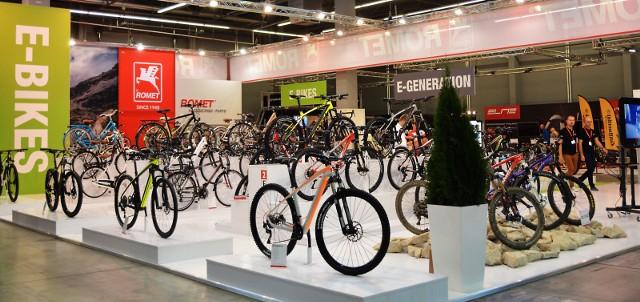 Konsumenci zdecydowanie częściej kupują nowe rowery, a o ich wyborze decydują kolejno cena, design oraz jakość. Średnia kwota przeznaczona na zakup wynosi około 1150 zł.