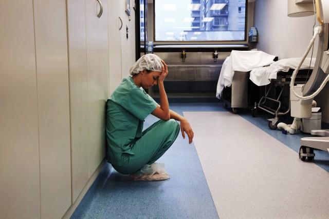 Protest pielęgniarek szpitala HCP wpisuje się w sytuację panującą w całym kraju. Pielęgniarki narzekają na przemęczenie
