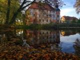 Lubuskie pałace. Rezydencja w Broniszowie to zamek jak z obrazka