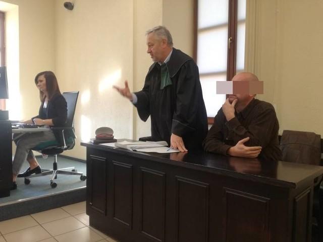 Piotr S. przed sądem odpowiadał z wolnej stopy