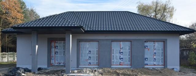 Tak wygląda już stan surowy przyszłej świetlicy wiejskiej w Niskiej Jabłonicy w gminie Borkowice.