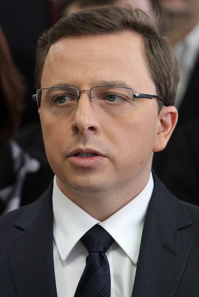 Dariusz Joński: w tych wyborach rząd wykorzystał wszystkie dostępne instrumenty na niespotykaną dotąd skalę, obiecując wszystko wszystkim