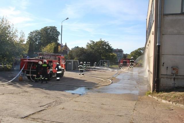 Ćwiczenia dla strażaków - ochotników zorganizowano w zakładzie FAM