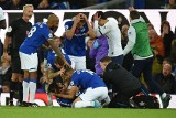 Okropna kontuzja piłkarza Evertonu! Son się popłakał [WIDEO]
