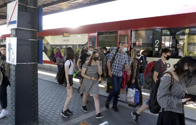 Nowe, obowiązujące od 13 czerwca, rozkłady jazdy pociągów Arrivy na trasie Toruń-Chełmża- Grudziądz sprawdź na kolejnych slajdach w galerii zdjęć>>>>>